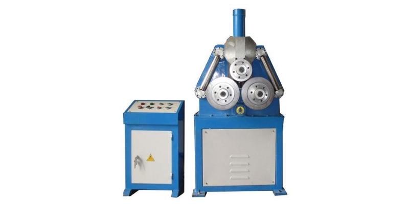 Roladora de Perfiles Hidráulica W24Y 500 para formar perfiles de metal