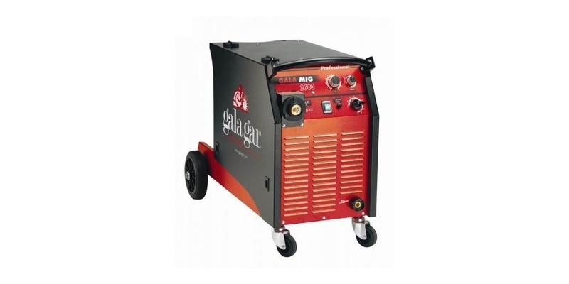 máquina soladora Galagar MIG 2600 para industria automotriz.